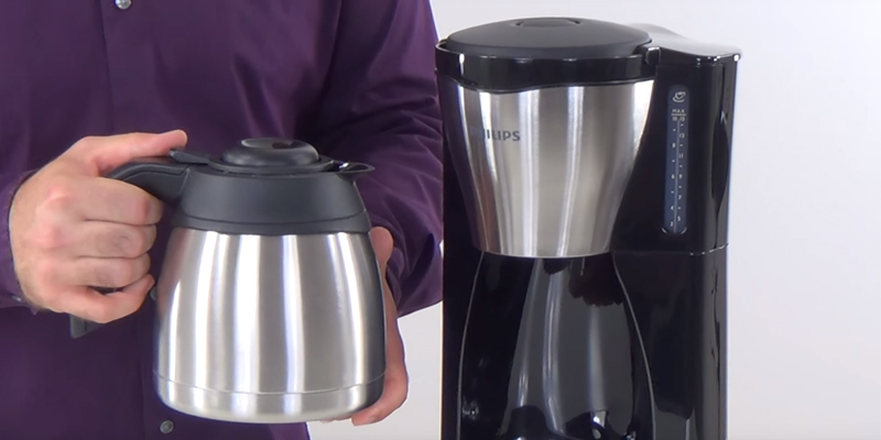 Philips HD7546/20 Coffee Filter Machine with thermal jug / kaffeemaschine mit thermoskanne bei der Nutzung